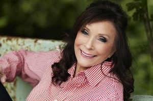 loretta-lynn-2014-russ-harrington-billboard-650-via-Lorretta-Lynn